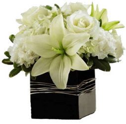 Graceful White Centerpiece from your local Clinton,TN florist, Knight's Flowers
